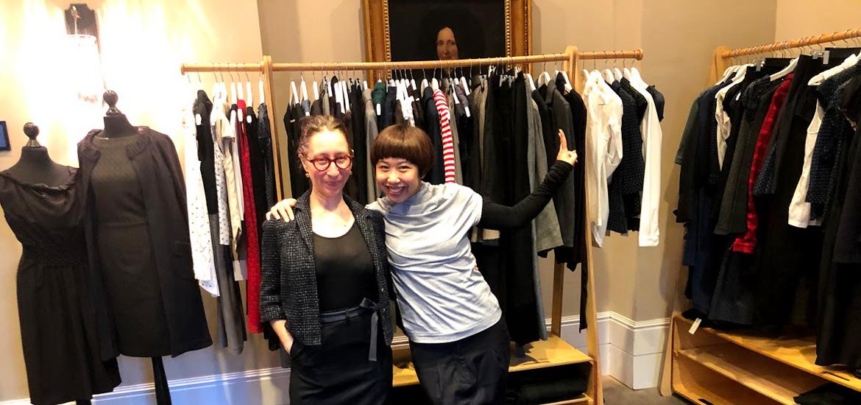 Ly-Ling und Sonja an der Pret a Politiser